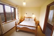 Chestnut En-Suite Double Room 2
