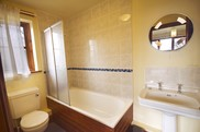 Chestnut Bathroom 1